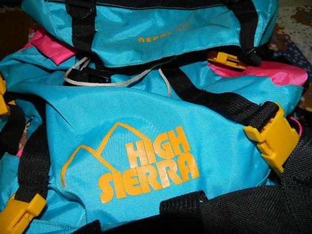Plecaki firmowe