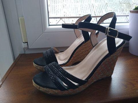 Sandały koturny lekkie idealne na lato OKAZJA