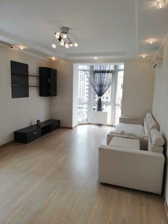Продам 2к квартиру з якісним  ремонтом біля Центрального парка