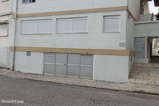 Andar de moradia T3, com garagem e arrecadação em Marvila, Lisboa