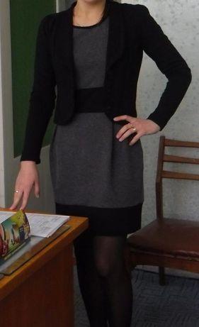 Трикотажное платье и блейзер р.34 евро Bonprix