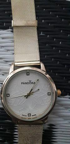 Zegarek Pandora stal nierdzewna kolor złoty
