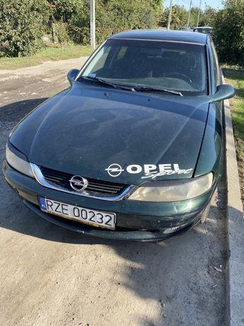 Opel vectra 1.8 газ.