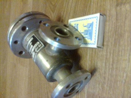 Вентиль (клапан) сильфонный запорный фланцевый,нержавеющий.