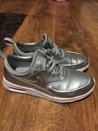 Nike air the r.38