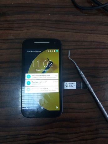 Motorola XT1528 телефон