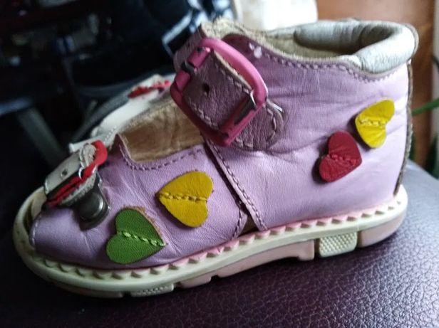 Ортопедическая обувь ботиночки туфельки сандали