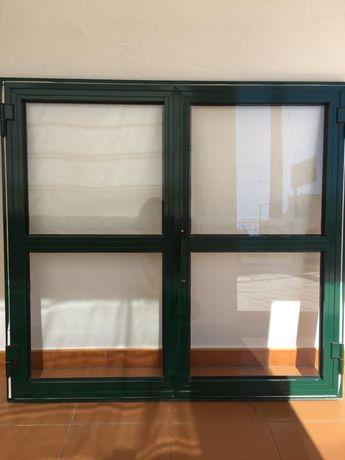 Vendo janelas em muito bom estado