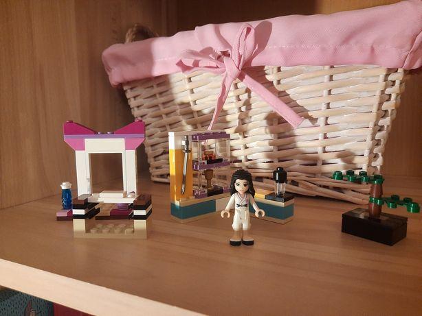 Klocki LEGO FRIENDS Lekcja karate Emmy 41002