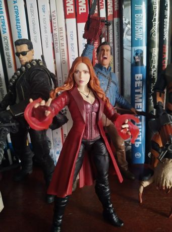Marvel legends Avengers Scarlet Witch Мстители Алая Ведьма