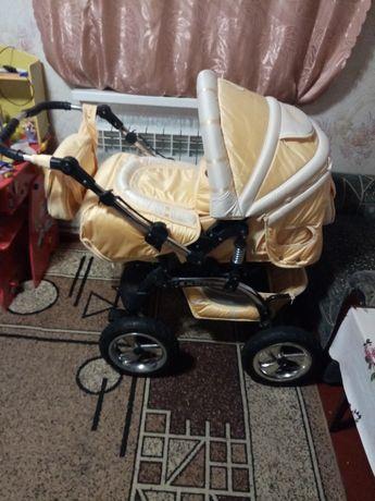 """Продам коляску Адамекс """"хтрейл"""" 2 в 1 в хорошем состоянии. Цена 2700 г"""