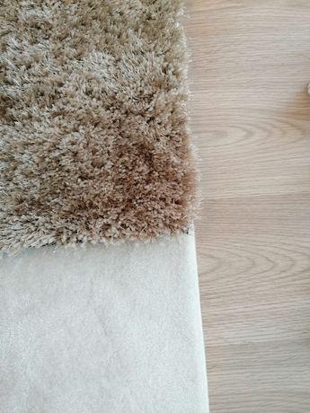 Carpete bege, escura, pelo alto, nova, 1,70x1,20 metros