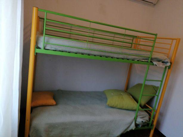Beliche para criança amarelo e verde