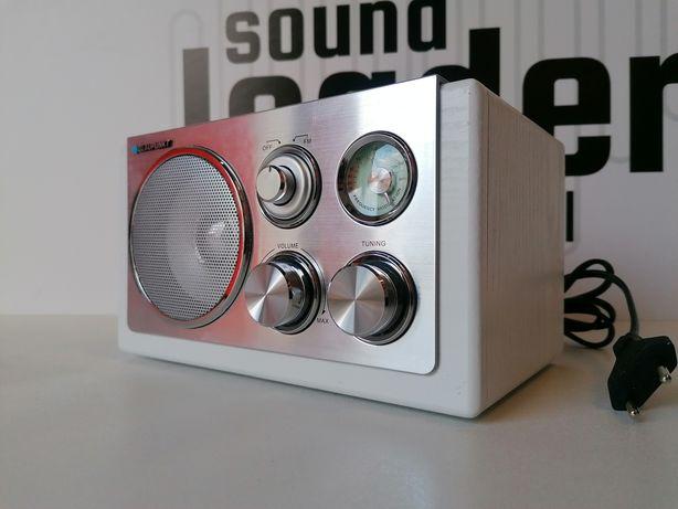 Blaupunkt RXN 18 Radio analogowe FM drewno obicie białe aluminium
