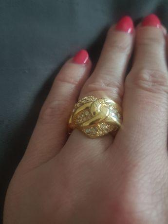 Guess pierścionek LUX