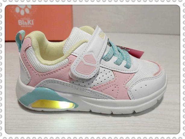 Великолепного качества светящиеся кроссовки для девочки BI&KI р.21-26