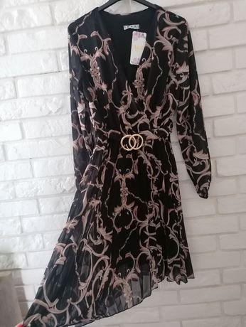 Sukienka plisowana czarna M/L