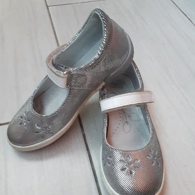 Buty REN BUT, rozmiar 29, kolor srebrny, używane