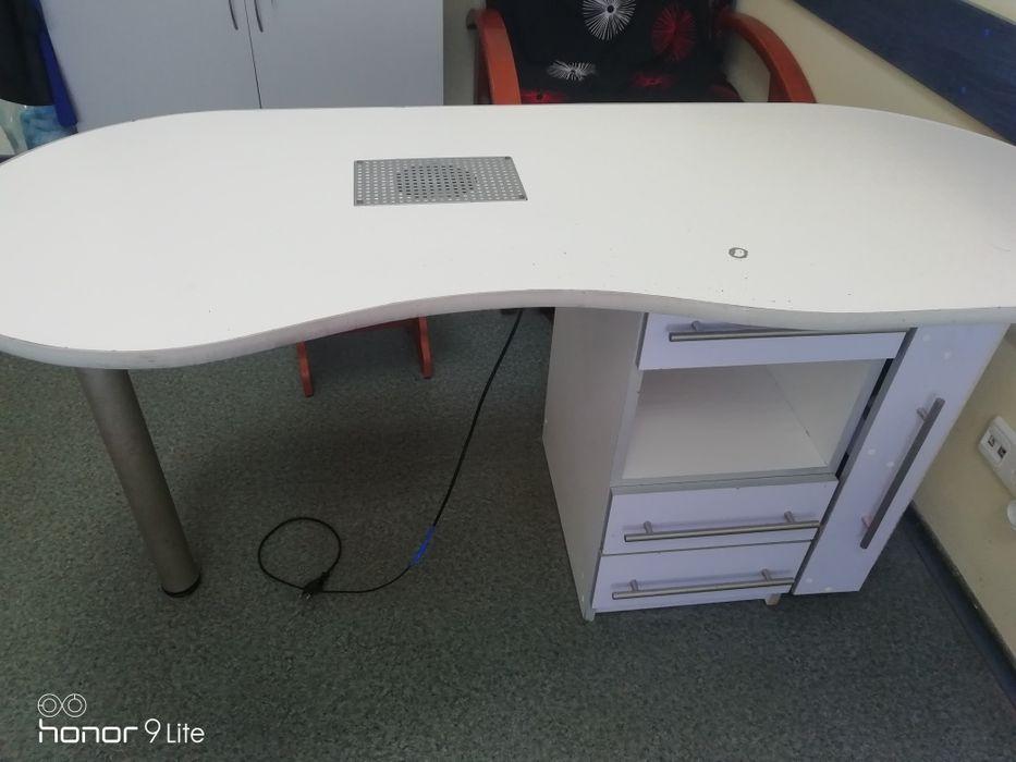Маникюрный стол бу Юбилейное - изображение 1
