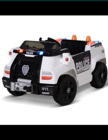 Auto na akumulator, policja