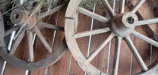 Продам деревяні колеса4штукі.