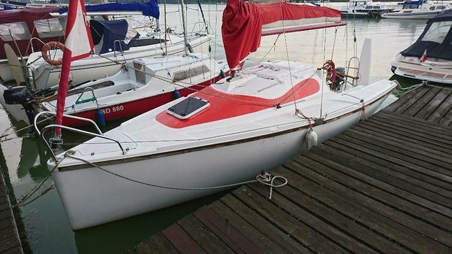 Jacht żaglowy Calibra 620