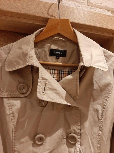Beżowa kurtka w rozmiarze 38