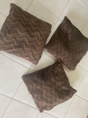 3 almofadas decorativas