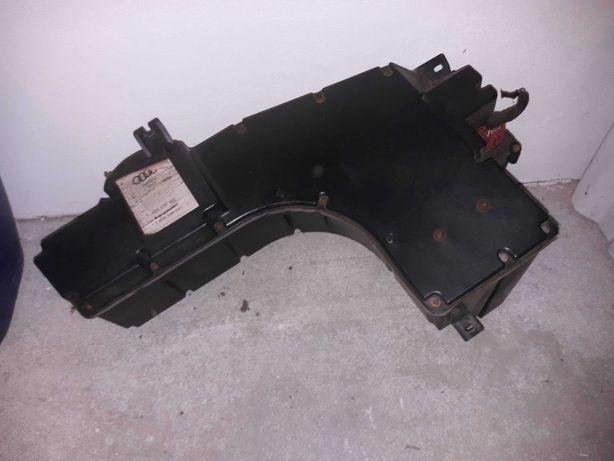 Subwoofer głośnik basowy bagażnika tył AUDI A6 C5 sedan BLAUPUNKT