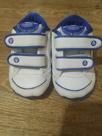 Новые фирменные кроссовки Dunlop