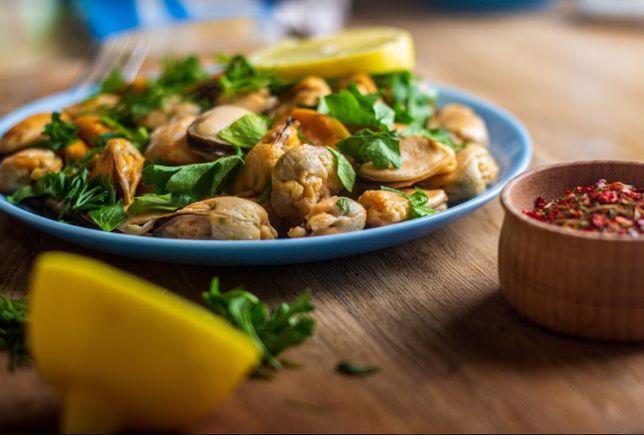 Моллюск: мидии, рапаны. (Морепродукты)