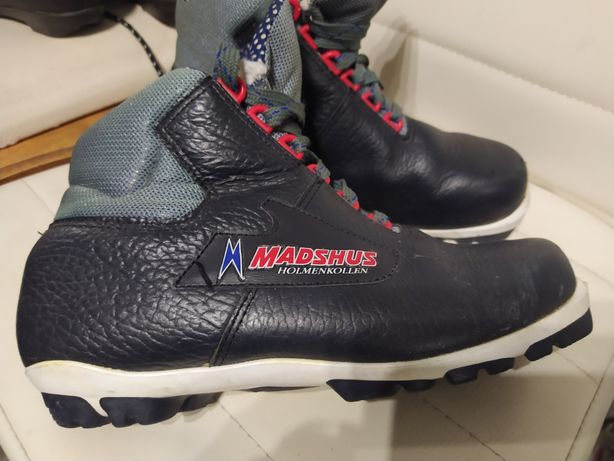 Madshus NNN r 39 buty na narty biegowe biegówki skóra