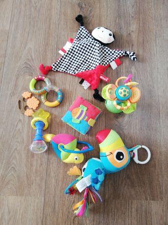 Zestaw zabawki gryzaki książeczka lamaze