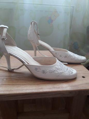 Продам свадебные туфли .