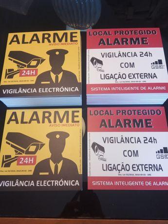 Placas dissuasoras de alarme em PVC para exterior