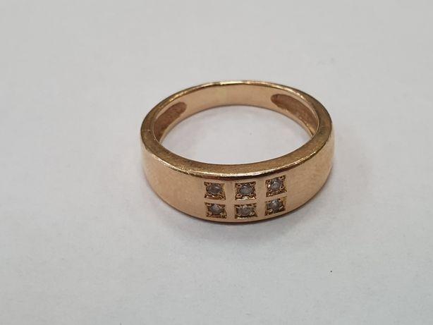 Klasyczny złoty pierścionek damski/ 585/ Cyrkonie/ 3.8 gram/ R12