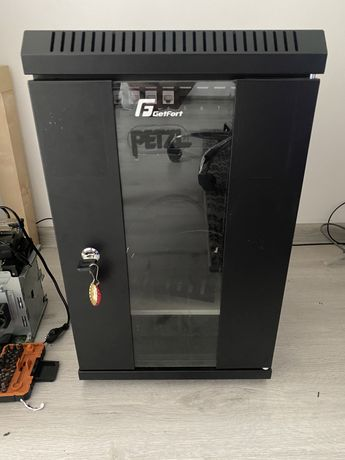 "Szafa rack 10"" + patchpanel keystone"