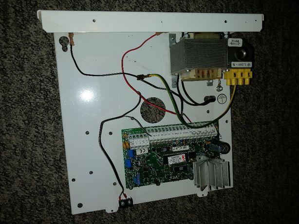 Centrala alarmowa DSC PC1565-2P