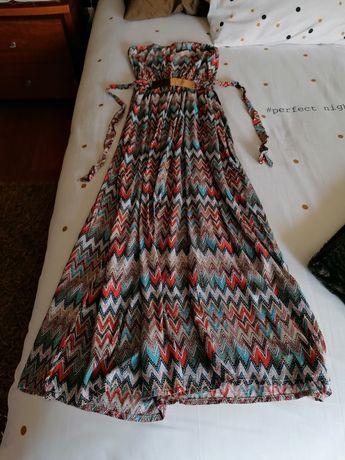 Vários vestidos