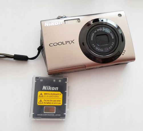 Фотоаппарат цифровая камера Nikon Coolpix S4000 кабели коробка чехол