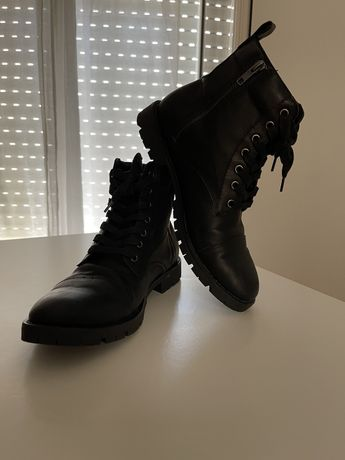 Botas de homem c/ziper e cadarço