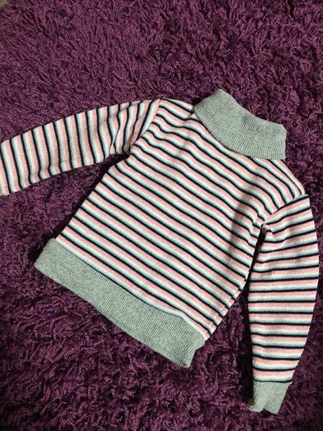 Продам джемпер свитерок водолазка
