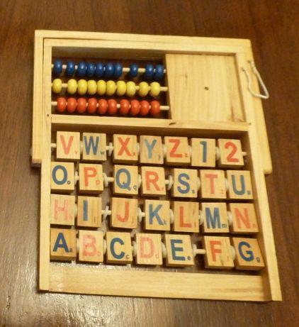 Drewniana tablica z alfabetem, wersja angielska, wygodna stojąca, nowa