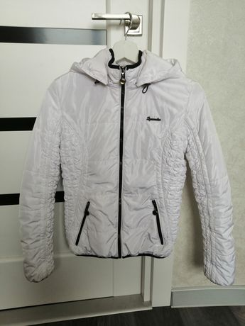 Куртка белая демисезонная
