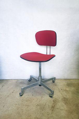 Wyjątkowe Krzesło Roder Ładny Stan