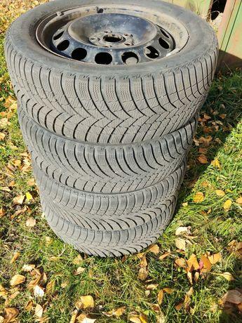 Диски з автошиною Bridgestone Blizzak LM001, R16