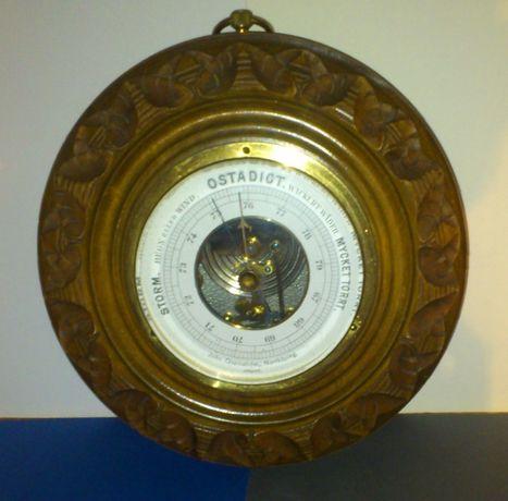 Kolekcjonerski, zabytkowy, okrągły barometr ścienny, ręcznie rzeźbiona