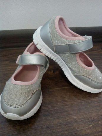 Кросовки для дівчинки