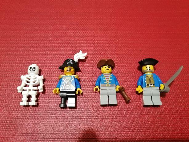 Lego 4 Bonecos Piratas.