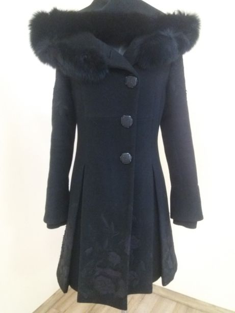 Продам пальто зимове